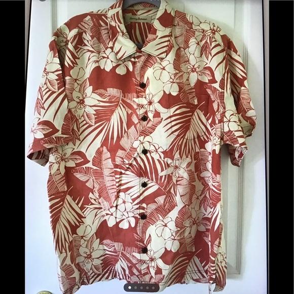 Tommy Bahama Hawaiian 🌺 shirt L
